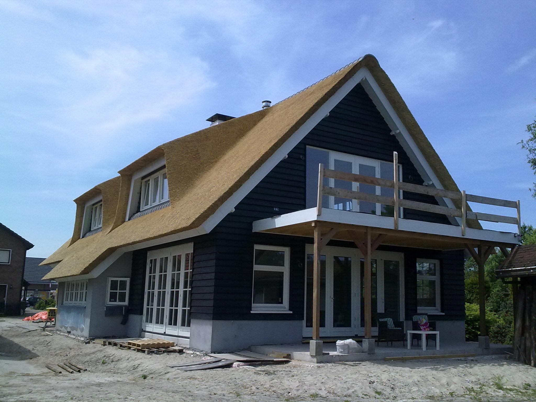 Meer dan 1000 afbeeldingen over huis landelijk modern op pinterest villa 39 s met en google - Modern stenen huis ...